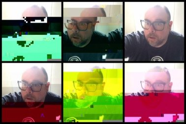 vermeerch_Glitch+Selfie+Horizontal